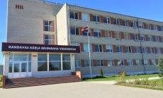 Skola ar stāstu: Alpīnisma siena un savs mācību auto Mīlenbaha vidusskolā