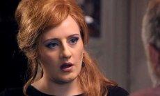 Video: Adele jauki izāzē savas kvēlākās fanes