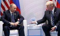 Tramps izteicis Putinam bažas par Krievijas iejaukšanos ASV vēlēšanās, stāsta Tilersons