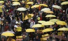 Foto: Honkongas ielās atsākas vērienīgi protesti