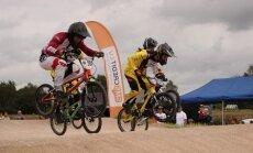 'SMScredit.lv' BMX čempionāta posmā spraigas cīņas trasē un novēlējums olimpiešiem