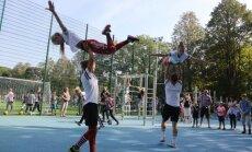 ФОТО: В Иманте торжественно открыли спортивную площадку около 96-й школы