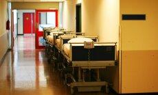Slimnīcā Igaunijā turpina ārstēties trīs autobusa avārijā cietušie Latvijas iedzīvotāji