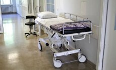 Slimnīcu finansējums par stacionārajiem pakalpojumiem šogad nesaruks
