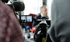 Saeima lemj par aicinājumu Rimšēvičam atkāpties no amata. Video tiešraide noslēgusies