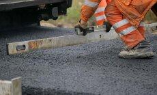 Atsākas būvdarbi pie Valmieras; ceļu remonti turpinās arī citur