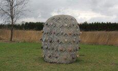 Pedvāles mākslinieki rada darbus mākslas parkā Amerikā