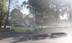 Aculiecinieks sašutis par 'Baltic Taxi' šoferu rīcību