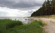 Latvijas pludmales kļuvušas netīrākas, secina eksperti