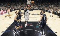 Dāvja Bertāna pārstāvētā 'Spurs' pārliecinoši uzvar 'Magic'