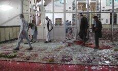 Afganistānā spridzinātāju pašnāvnieku uzbrukumā mošejā nogalināti 29 cilvēki