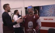 Video: Latvijas hokejisti ģērbtuvē līksmo par ceturtdaļfināla sasniegšanu