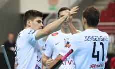 Latvijas florbola izlase ar graujošu uzvaru sāk pasaules čempionāta kvalifikāciju