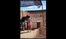 Deviņus gadus meitene nejauši sašauj savu instruktoru