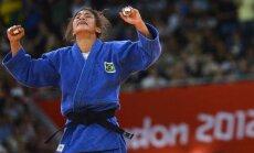 Pirmās zelta medaļas džudo cīņā iegūst Krievijas un Brazīlijas pārstāvji