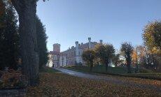 ФОТО. Осенний Бирини: красиво, как в Сигулде, и люди не мешают