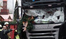 Britu šoferis savāc 100 tūkstošus Berlīnes uzbrucēja nogalinātā poļu autovadītāja ģimenei