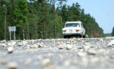 Latvijas valsts ceļi: из-за переменчивой погоды часть дорог пришла в критическое состояние