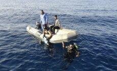 Itālijas krasta apsardze Vidusjūrā dreifējošā laivā atrod 18 mirušus migrantus