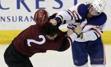 Arizona Coyotes Luke Schenn fight Edmonton Oilers Eric Gryba