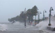 """Ураган """"Ирма"""" надвигается на Флориду: миллионы людей покидают дома"""