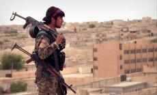 Video: Kurdi pilnībā sagrauj 'Daesh' paliekas Tabkā