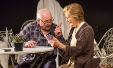 Dailes teātrī ar izrādi 'Kāršu spēle' debitē jaunā režisore Laura Upeniece