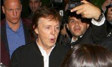 Polu Makartniju neielaiž repera Tyga slavenību ballītē