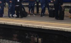 Manchester United take the train