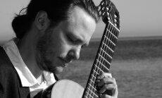 'Arsenālā' muzicēs dāņu ģitārists Mikels Andersens