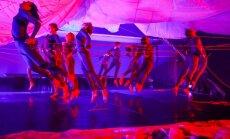 Foto: Ieskats muzikālās dejas izrādes 'Mana daba' tapšanā