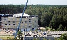 Рухнувшая крыша в рижской пятиэтажке: домоуправление игнорировало сигнал тревоги (ФОТО)