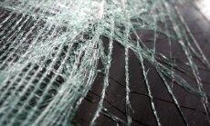 Avārijā pie Rīgas HES gājis bojā cilvēks; daļēji bloķēta satiksme