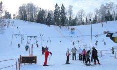 Kurzemes slēpošanas kalni un distanču trases brīvdienās būs atvērtas