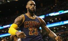 Lebrons Džeimss sasniedz kārtējo 'triple-double' un kļūst par NBA statistikas līderi