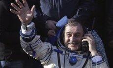 No Starptautiskās kosmosa stacijas atgriezušies trīs astronauti