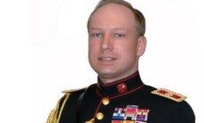Breiviks pieteicies politoloģijas studijām