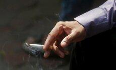 Polijā smēķējošiem darbiniekiem varētu nākties strādāt ilgāk
