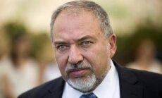 Izraēla sodīs palestīniešu pašpārvaldi par maksājumiem ieslodzīto ģimenēm