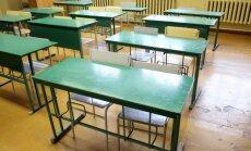 Paralēlā skolu sistēmā pastāvētu nedemokrātisku vērtību popularizēšanas risks, brīdina Drošības policija