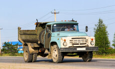 Svētceļnieku drošībai slēdz kravas auto tranzītsatiksmi Aglonas apkaimē