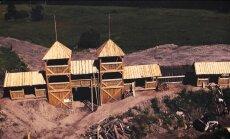 Ēķis: Filmas 'Nameja gredzens' dekorāciju izbūve noslēgsies augustā