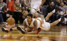'Knicks' vien dažas dienas pēc līguma noslēgšanas atbrīvojas no Burka