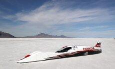 'Honda' bolīds ar trīscilindru dzinēju paātrinās līdz 421 km/h