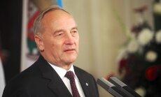 Сегодня - последний день Берзиньша на посту президента Латвии: как он его проведет
