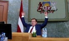 Valdība atbalsta Kučinska redzējumu par paveikto un pagarina termiņus virknei uzdevumu