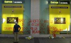 Eiro zonas finanšu ministri apstiprina Spānijas banku glābšanas paketi
