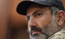 Armēnijas opozīcijas līderis esot gatavs 'vadīt' valsti