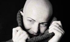 Mirusi vēža paciente un labdarības projekta 'Dod pieci!' vēstnese Iveta Biezā