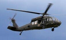 Naktī uz sestdienu Rīgā virs Daugavas būs novērojami 'Black Hawk' lidojumi